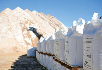 Bulk totes and stockpiles of deicing materials